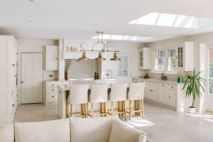 shaker bespoke luxury kitchen